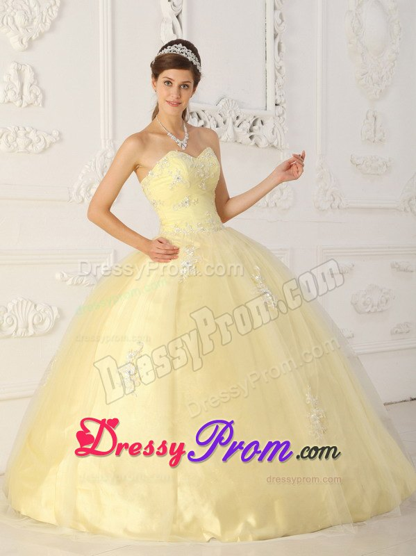 Yellow Ball Gown Sweetheart Quinceanera Dress Appliques Tulle