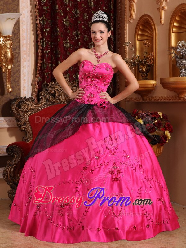 Embroidery Hot Pink and Black Beading Dresses For Quinceaneras