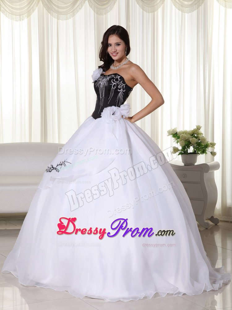 Brand New Black and White Quinceanera Gowns with Embroidery