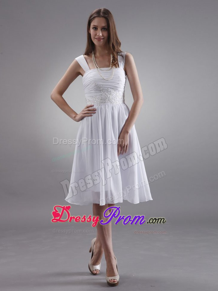 Straps Knee-length Chiffon Customize Prom Dress With Appliques