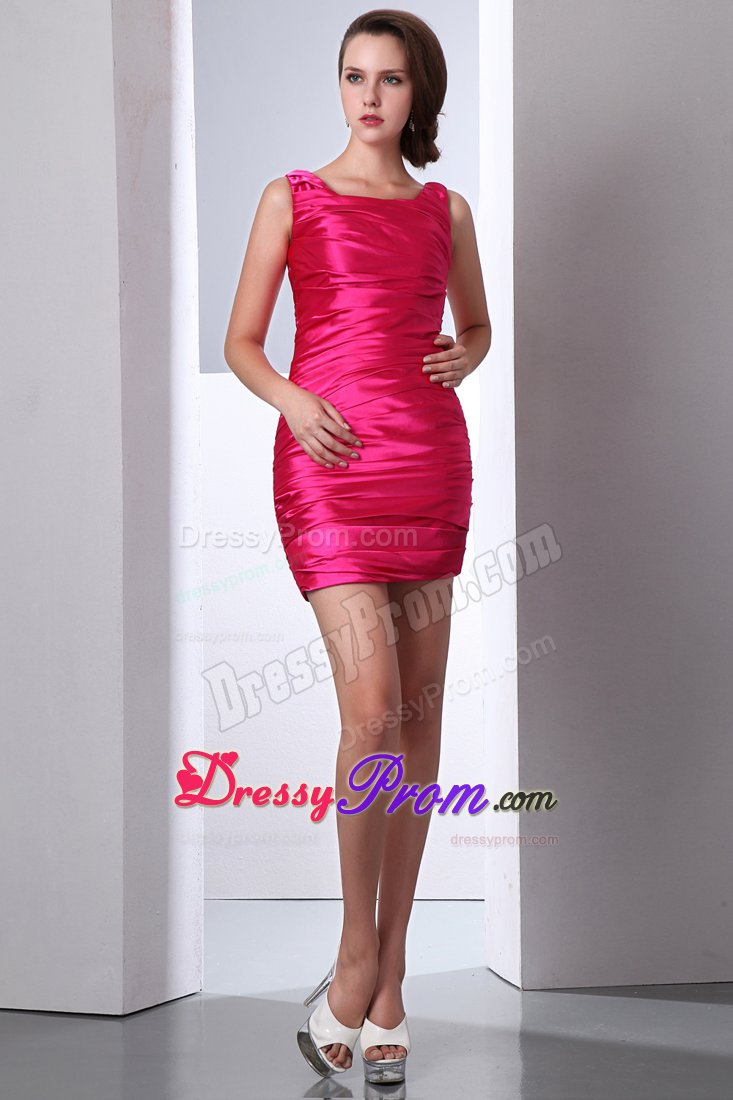 ad525727d25 2013 Scoop Neck Ruched Mini Prom Celebrity Dress in Hot Pink