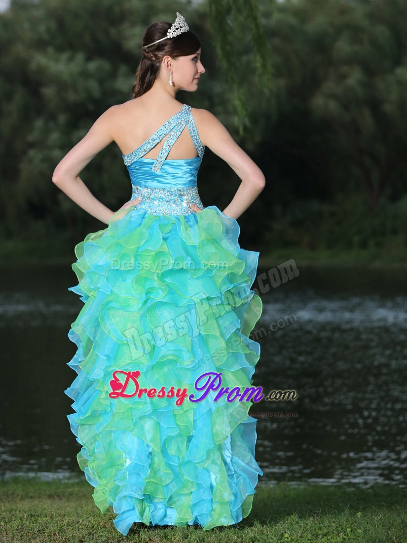 A variety of dresses: Funky multi colored prom dresses