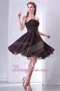 Elegant Brown Strapless Knee-length Prom Dress with Sash and Ruching