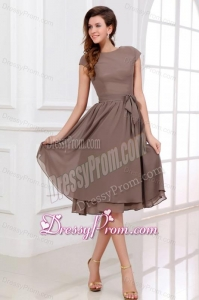 Simple A-line Scoop Prom Dress with Short Sleeves Knee-length