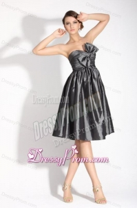 Grey Sweetheart Knee-length Prom Dress with Bowknot