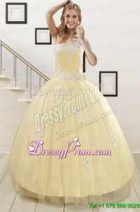 Modern Light Yellow Sweet 16 Dresses with White Appliques