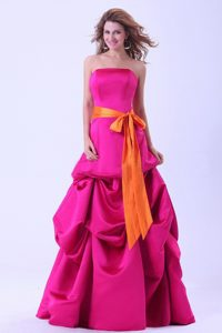 Strapless Floor-length Pick Ups Hot Pink Prom Dress with Sash