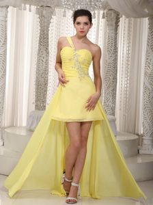 Yellow High-low Prom Dresses One Shoulder with Ruching and Beading