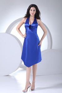 V-neck Halter Top Prom Dress with Knee-length in Blue Color