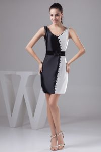 Black and White Short Prom Dress with V-neck and a Wide Sash