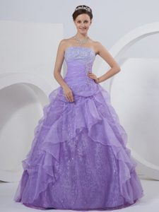 Romantic Lavender Ruching Quinceanera Gown Pick-ups and Appliques