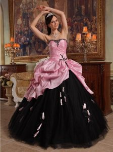 Hand Flowers Sweetheart Quinceanera Dress in Rose Pink and Black