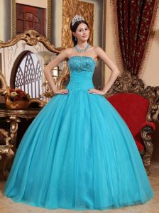 Embroidery with Beading Aqua Blue Strapless Dresses For a Quinceanera