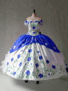 Hot Sale Organza and Taffeta Off The Shoulder Cap Sleeves Lace Up Embroidery and Ruffles Ball Gown Prom Dress in Blue And White