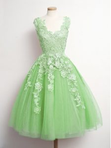 Custom Designed V-neck Sleeveless Dama Dress for Quinceanera Knee Length Appliques Yellow Green Tulle