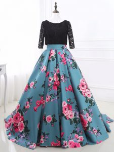 Sexy Scoop Long Sleeves Printed Prom Evening Gown Lace and Appliques Brush Train Backless