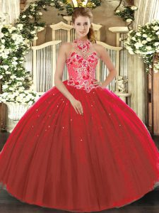 Sleeveless Floor Length Embroidery Lace Up Quinceanera Dresses with Red