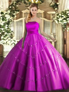 Strapless Sleeveless Tulle Quinceanera Gown Appliques Lace Up