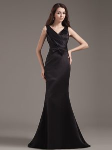 2014 PopularBlack V-neck Mermaid Prom Dress with Bow