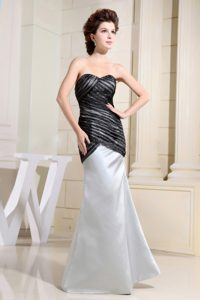 Black and Grey Sweetheart Prom Gowns Ruched in Angers France