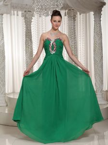 Green Sweetheart Chiffon Prom Dress With Ruched Beading Bodice