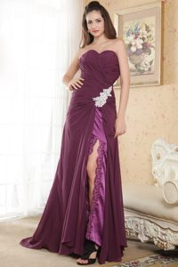2013 Sweetheart Ruched Appliqued Prom Dress Colors to Choose