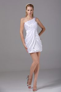 White One Shoulder Prom Dress for Ladies with Beading and Ruche