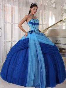 Blue Ball Gown Strapless Floor-length Tulle Quinceanera Dress with Beading