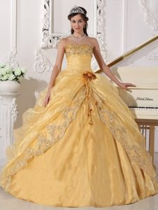 Gold Embroidery with Beading Strapless Organza Dresses For a Quinceanera