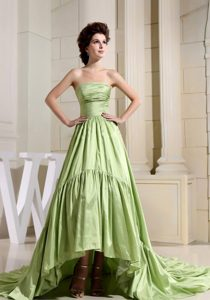 Discount Strapless A-Line Yellow Green Court Train Prom Gowns