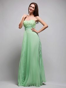 Pretty Column Pleated Beaded Apple Green Long Prom Dress