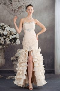 Beaded and Ruched Champagne Prom Celebrity Dresses with Ruffles