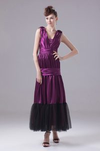 Taffeta Column v-Neck Ruched Eggplant Purple Prom Gowns