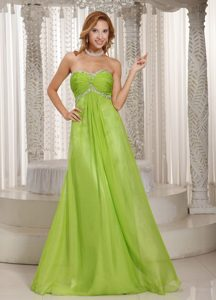 Beaded and Ruched Long Chiffon Dresses for Prom Night in Spring Green