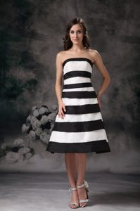 Black and White A-line Strapless Knee-length Prom Dress