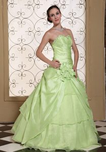 Beaded Sweetheart Yellow Green Sweet Sixteen Quinceanera Dresses