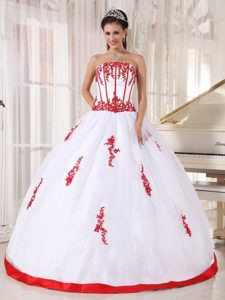 White Ball Gown Strapless Appliques Quinceanera Gowns
