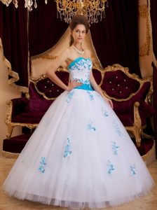 Sweetheart White A-line Appliques Quinceanera Dresses