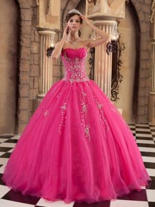 Floor-length Beading Pink Quinceanera Dress with Appliques