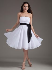 Lace-up White Chiffon Ruched Short Prom Dress with Black Sash