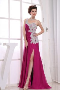 One Shoulder for Appliques Prom Dress in Fuchsia with Watteau Train