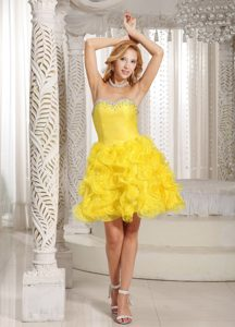 Ruffles A-line Sweetheart Prom Cocktail Dress in Yellow with Beading