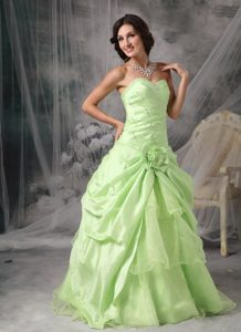 Apple Green A-Line / Princess Sweetheart Prom Dress with Beading