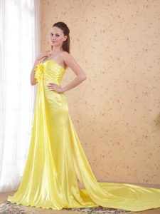 Light Yellow Sheath Watteau Beading Dresses for Prom Princess