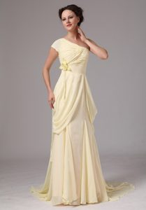 One Shoulder Flowers Brush Prom Nightclub Dress in Light Yellow