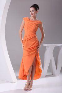 Scoop Neck Slitted Ruched Orange Prom Dress Tea-length