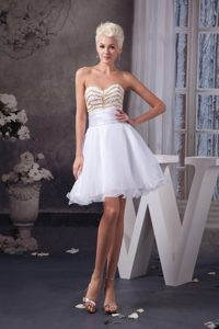 Stylish Dreamy White Beaded Ruched Mini Prom Dress for Girls