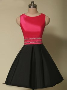 Scoop Sleeveless Satin Mini Length Lace Up Prom Gown in Red And Black for with Beading