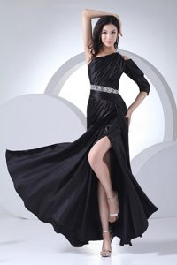 Beaded Waist Black Ankle-length One Shoulder Prom Dress with High Slit