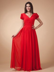 Short Sleeves Wine Red Empire Prom Dress V-neck Chiffon With Ruche